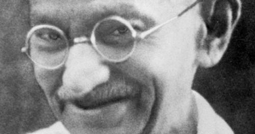 CHARLA-COLOQUIO Gandhi y la no violencia